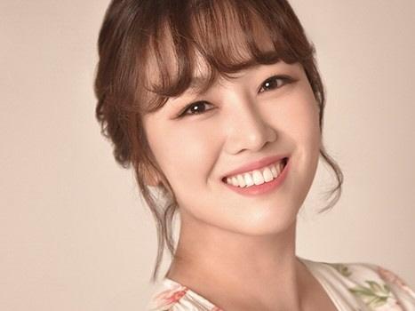 트롯가수 정미애, 15일 신곡 '꿀맛' 전격 발매…'미스트롯' 열기 잇는다