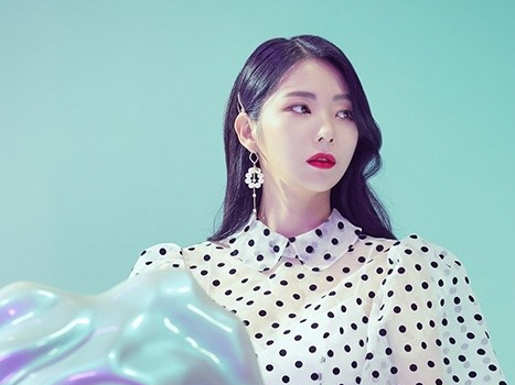 루리(Luri), 15일 '쉿 (Blah Blah)' 공개…대중 사로잡을 매혹美 예고