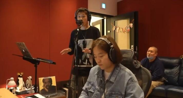 크러쉬, 랜선 콘서트 'Homemade Live Session1' 개최