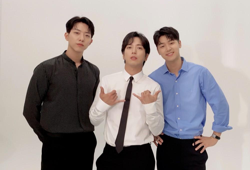 씨엔블루, FNC와 재계약?연내 새 앨범 예고..본격 2막 '기대'