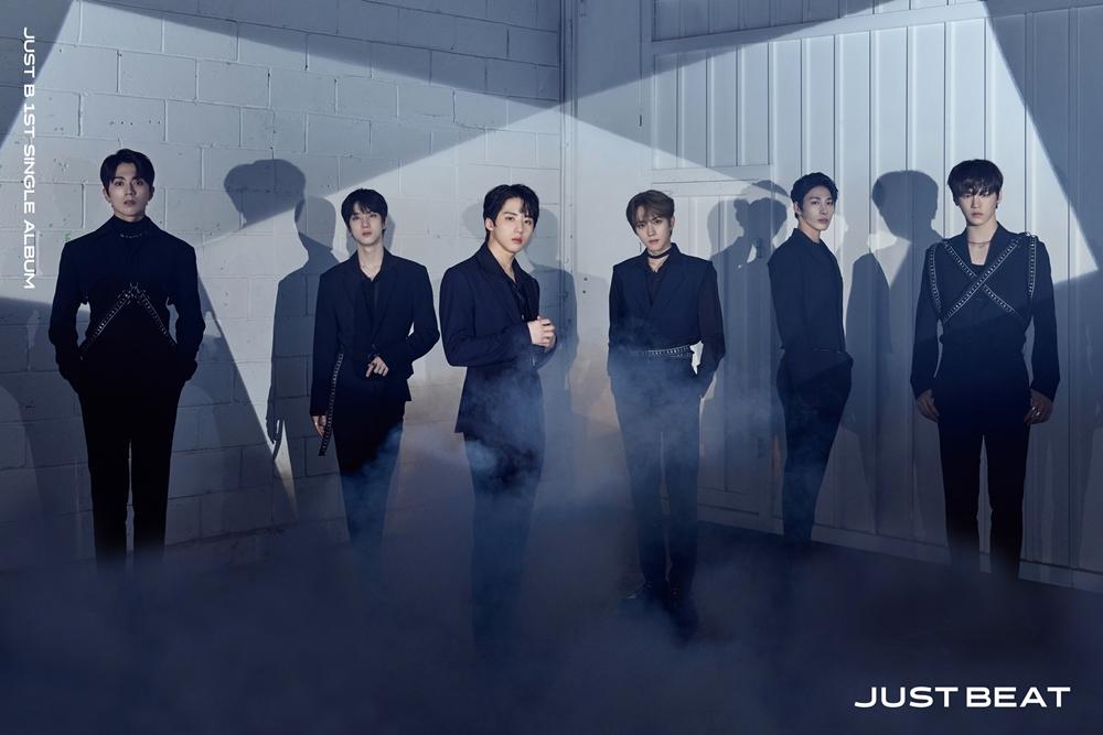 '27일 컴백' JUST B(저스트비), 훤칠한 슈트 핏…'TICK TOCK' 무대 기...
